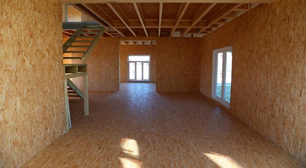 Строительство домов в Крыму - Отделка пола СИП-дома