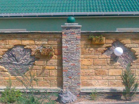 Строительство домов в Крыму - Секрет эффектной отделки фасада и двора. Ракушечник