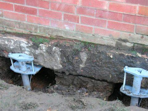 Строительство домов в Крыму - Укрепление фундамента старого дома